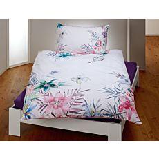Parure de lit orné de fleurs et de papillons aux coloris printaniers