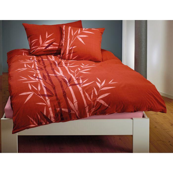 Parure de lit avec bambous sur fond couleur terre cuite