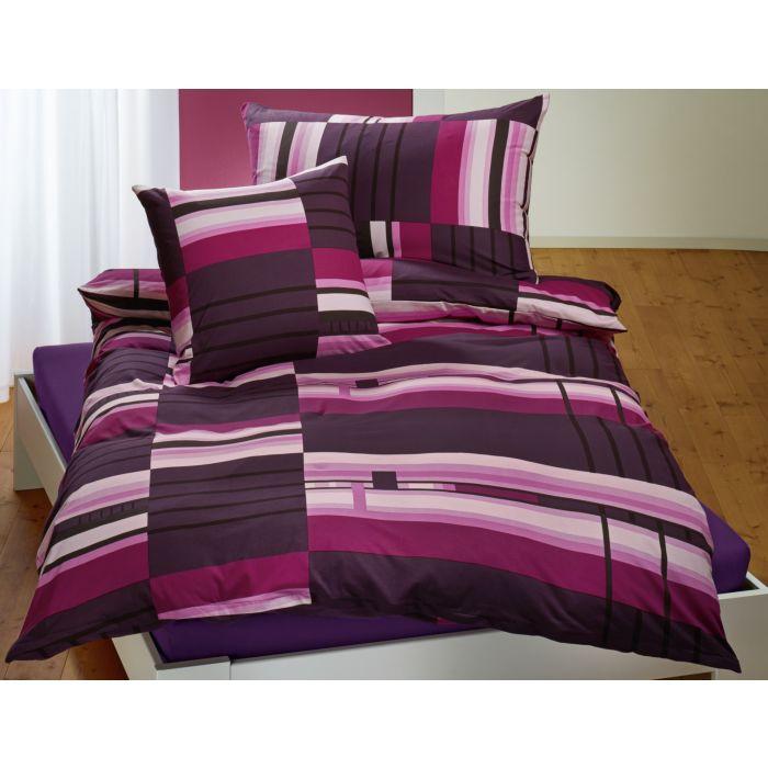 Parure de lit à motif de bandes top mode dans les coloris anthracite et mûre